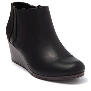 Dr. Scholl's Black Katch Booties